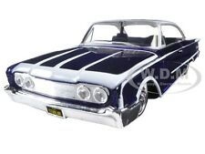 "1960 FORD STARLINER PURPLE ""OUTLAWS"" 1/26 DIECAST MODEL CAR BY MAISTO 31038"