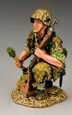 KING & COUNTRY WW2 GERMAN ARMY WS168 HJ KNEELING GRENADIER MIB
