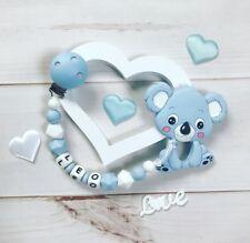 Schnullerkette mit Namen Wunschname Beißkette Beißring aus Silikon hellblau weiß