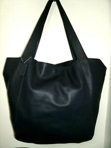 Coach No.4182 Beautiful Very Large Purple Soft Leather Tote Shoppers Bag in EUC!