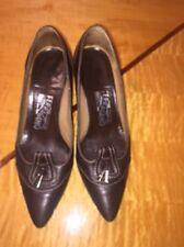 EUC FERRAGAMO Brown Pumps Heels Shoes Contrast Stitching SZ 7C Italy