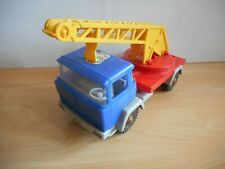 Hammer Toys Magirus Deutz Tow Truck in Blue/Red
