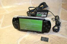 SONY PSP SLIM LITE (*FP*) KONSOLE PLAYSTATION PSP2004 schwarz + 2GB MEMORY