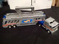 1986 Hot Wheels Gray Blue Semi Truck Die Cast Car Carrier Transport