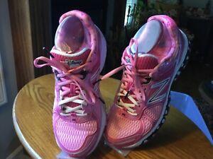 New Balance Run Disney 2014 Minnie Mouse Women's Shoes Size 8W US Pink Rare