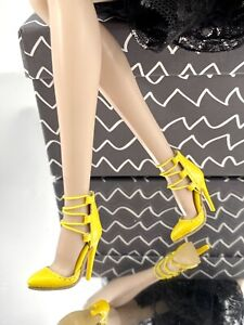 Fashion Royalty Lovetone Pointed lace up stiletto pump Doll Shoes In Yellow