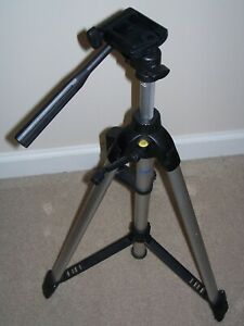 Vanguard MK-4 Video-Photo Tripod w/Level, Pre-owned/Never Used, Standard Heights