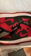 Nike Jordan 1 Mid prohibidas 2020 GS UK3.5 US4Y totalmente nuevo,