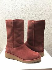 UGG AMIE CLASSIC SLIM SPICE SUEDE WEDGE BOOT US 8 / EU 39 / UK 6.5 - NEW