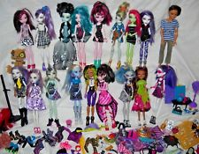 Monster High Doll Lot 18 Dolls,Parts,Clothes,Shoes,furniture,accessories