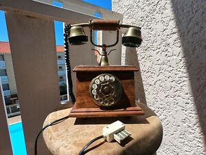 téléphone ancien en bois bon état pièce d'origine année 70 - 80