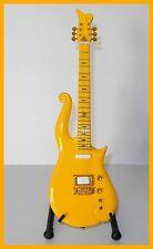 PRINCE ! GUITARE MINIATURE DE COLLECTION LOVE SYMBOL CLOUD ! YELLOW Electrique