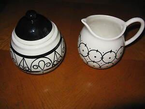 Pottery Barn Black & White Pattern Sri Lanka Covered Sugar & Creamer 2008