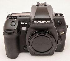 Olympus EVOLT E-3  /  10,1MP / Digitalkamera - Schwarz (Nur Body) - sehr gut