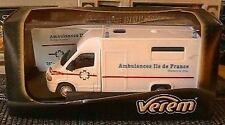 RENAULT MASTER AMBULANCES ILE DE FRANCE VEREM 1/50 NEUF