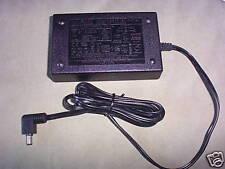 HP Worldwide Power Adapter 0950-2435 10.6V DC 1.32A OL0553