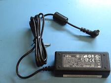 Fujitsu FSP036-RAC Power Adapter