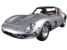 1962 FERRARI 250 GTO SILVER 1/18 DIECAST MODEL CAR BY CMC 151