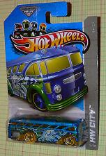 2013  Hot Wheels HW City Surfin' School Bus #31/250  GFL