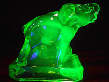 Green Vaseline uranium glass Zack circus zoo elephant paperweight yellow canary