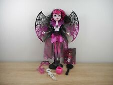 MONSTER HIGH DRACULAURA GHOULS RULE