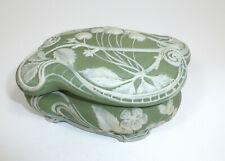 Art Nouveau Tin Box um 1900 Pâte-sur-pâte