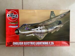 Airfix English Electric Lightning F.2A model kit, kit no A04054