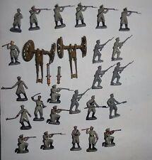 221 ancien lot esci  ho 1/72e Russian Infantry and Artillery