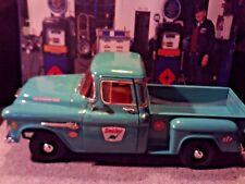 "1:18 Scale Diecast ""Custom"" SINCLAIR, 1955 Chevy Stepside Pickup Service Truck"