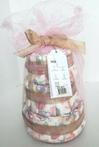 Honest Company Inc. Baby Nursery Shower Gift Mini Diaper Cake Size: 1 New
