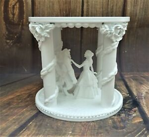 """WHITE HAND MADE BEAUTY AND THE BEAST WEDDING CAKE SEPERATER  6"""""""