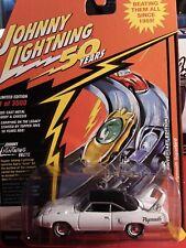 Johnny Lightning JLCG018 Classic Gold VER B 1970 Plymouth Superbird Apline White