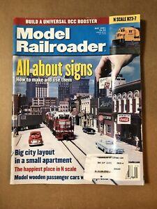 MODEL RAILROADER MAGAZINE MAY 2001 VOL 68, NO 5 MODEL RAILROADING