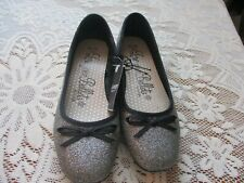 NEW WITH TAGS WMNS FLAT BALLETS SILVER SPARKLE&BLACK DET UK SIZE 5 SHOES