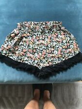 Topshop Size 6 Vintage Style Lace Trimmed Shorts With Pockets