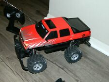 2003 Radio Shack 1/10 Chevy Avalanche Rc Monster Truck w/Remote, Battery & Charg