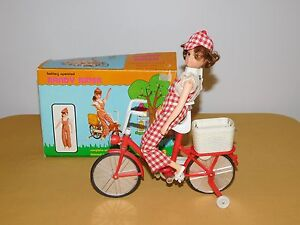 VINTAGE ILLCO TOY RANDY RIDER FASHION DOLL ON BICYCLE BATTERY OPERATED