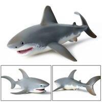 17cm Lifelike Shark Shaped Toys Realistic Motion  Modelfor Kid P0O9