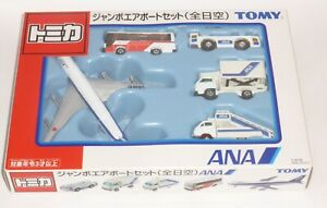 Boeing 747 + ANA & Ground Vehicles All Nippon Airways Toy Model Set Japan Import