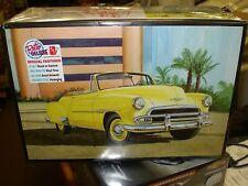 AMT 1041 1951 Chevrolet Bel Air Sun Cruiser Convertible Plastic model kit 1/25