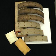 NOS 58-71 Chevy Truck FRONT Brake Shoe Linings/Facing Unit GM 3933981
