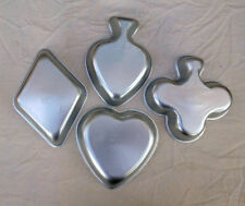 4 pc Card Suits -Heart Spade Club Diamond -party poker mini cake pans Wilton 976