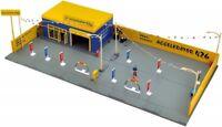 Takara Tomy Tomicarama Vintage 04c Used Car Store Accel 426 for Miniature Car