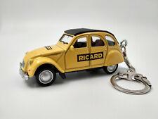 Porte clé Citroen 2cv pastis Ricard neuf en métal idée cadeau sympa