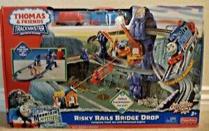 Fisher-Price Thomas & Friends TrackMaster Risky Rails Bridge Drop W3542 *NEW*