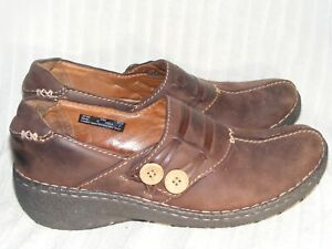 Women's Genuine Leather Shoes by Clarks Artisan - Worn a Couple Times - Sz 10 M