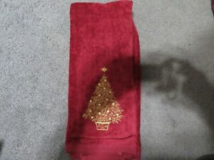 WINTER WONDERLAND CHRISTMAS SET OF 2-HAND TOWELS RED
