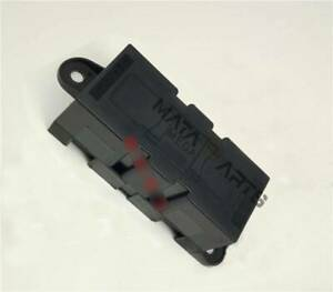 Littelfuse 02980900Z Automotive Blade Fuse Block Holder