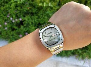 MIDO COMMANDER 8016 Swiss Made Automatic Men's Watch ETA 2836-2 Day/Date 8271117