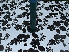1.4x2.5m BLACK & WHITE FLOWER OVAL OILCLOTH / PVC WITH PARASOL HOLE - 8 SEATER